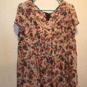 Torrid white and multicolored flowered top size 0